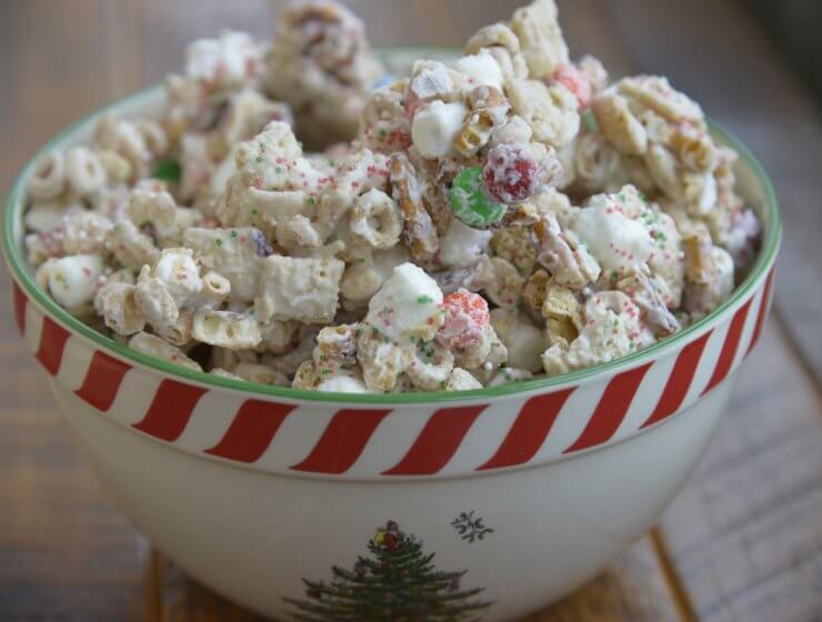 reindeer chow, Christmas snack, Christmas treat